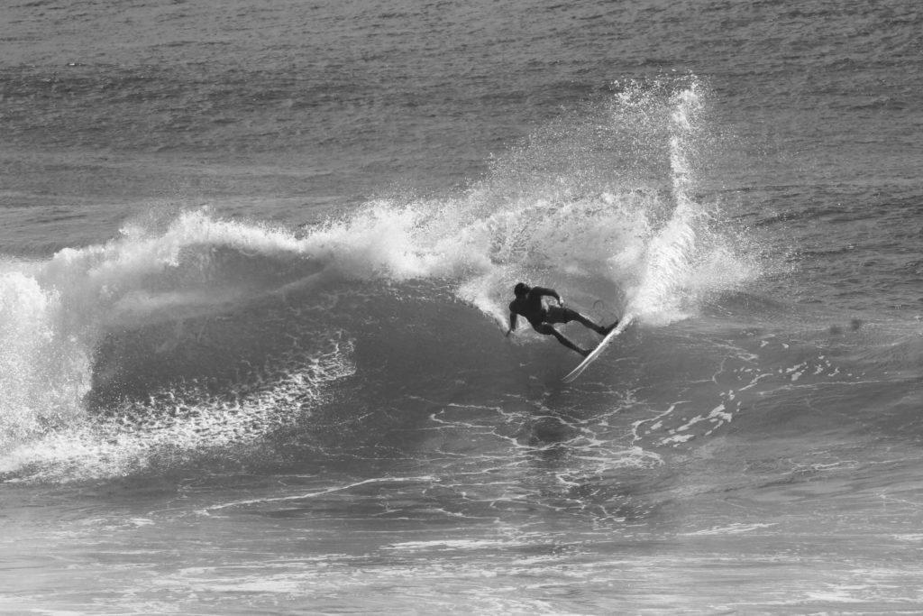 5.surf-surfpaysbasque-cours-coursparticuliers-particuliers-sport-nautique-mer-ocean-bidart-vacances-biarritz-hendaye-guethary-holidays-groupe-filles-garcons-enfants-evg-evjf.37-1-1024x683